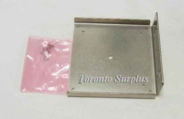 Banner RMB100, 49840 Protective Mounting Bracket, 14 Gauge, 316 Stainless Steel for Reflectors