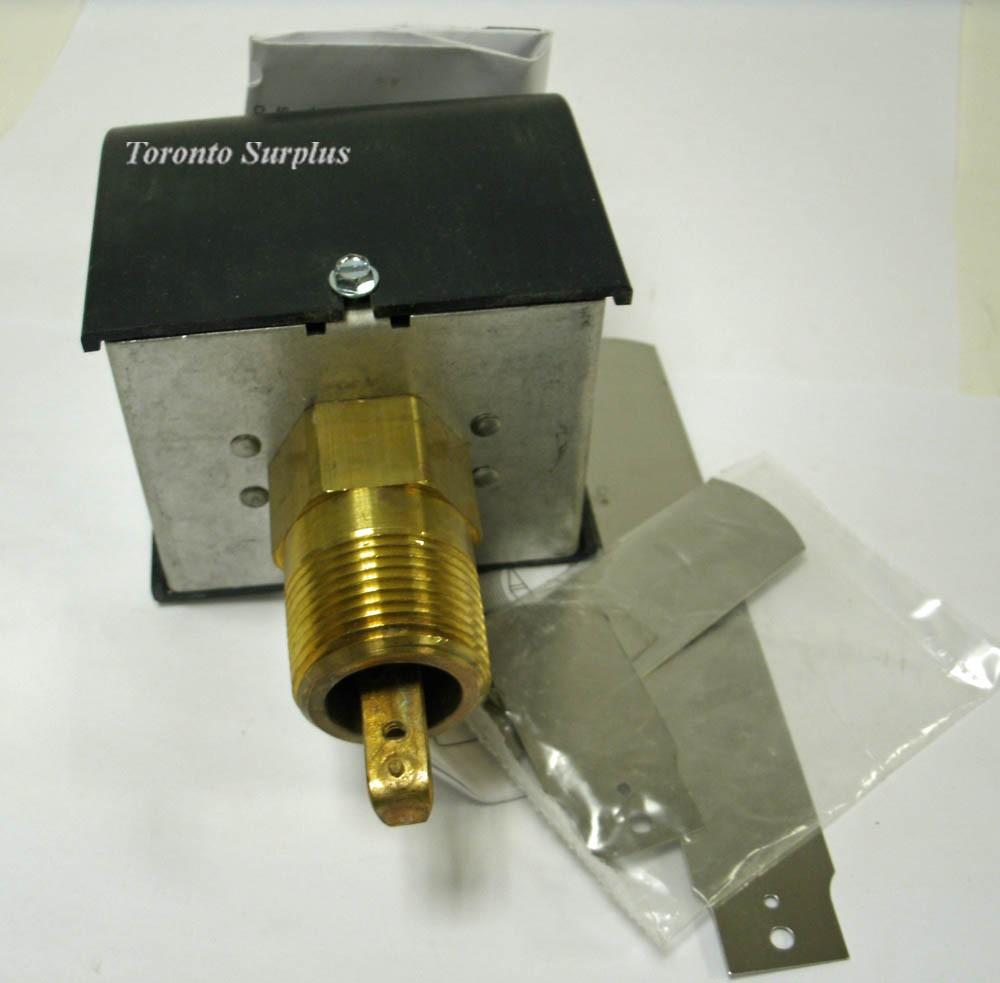 McDonnell & Miller Fs4-3 / FS43 Flow Switch / BNIB / NOS