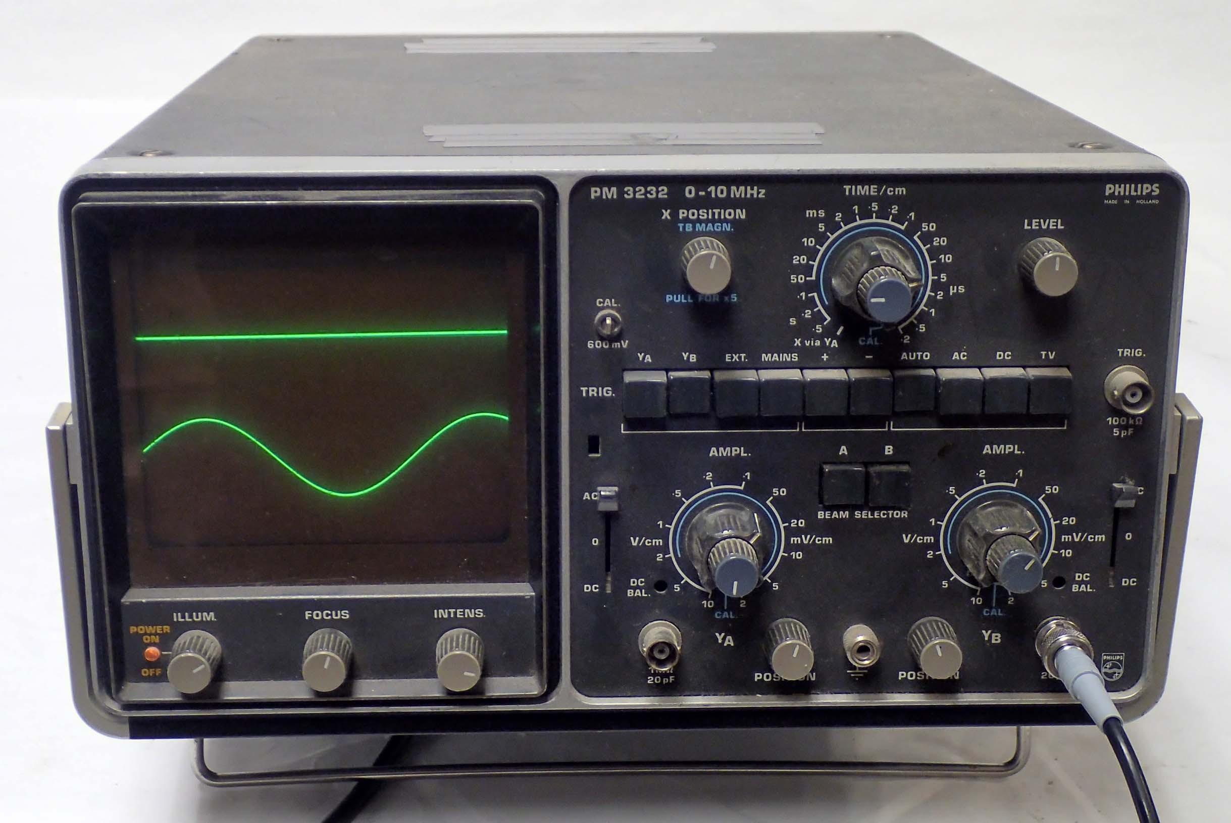 Dual Trace Oscilloscope : Philips pm oscilloscope to mhz dual trace