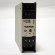 Schmersal Sicherheitsbausten AES1136 Safety Control Monitor Relay Module 24 VDC BRAND NEW / NOS