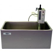 VWR Scientific Heated Water Bath with Haake E51 Immersion Heater Circulator Controller