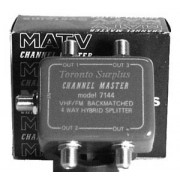 Channel Master 7144 - VHF/FM 4 Way Splitter