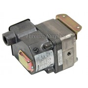 Barksdale DPD2T-H18SS-CS Pressure Actuated Switch BRAND NEW / NOS